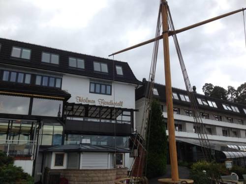 Holmen FjordHotell - Este mastro, dentre outras centenas de itens ligados ao mar, compõem a decoração do hotel.