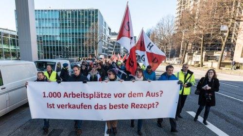 Resultado de imagem para Funcionários da Hamburg Süd protestam contra a venda da empresa