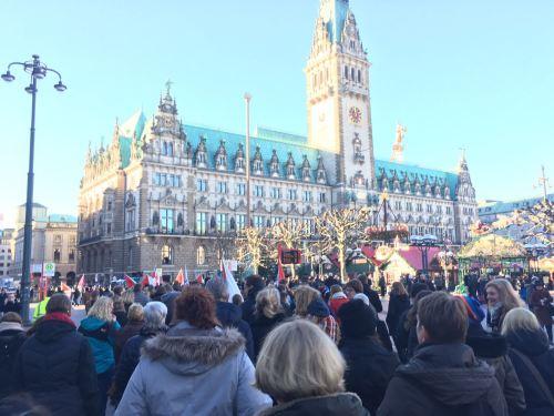 Apesar de 750 convocados,o público foi de cerca de 500 pessoas